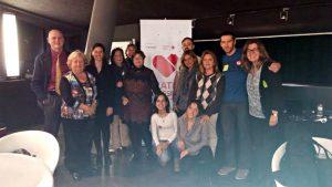 Fotografía de grupo con usuarios en Barcelona